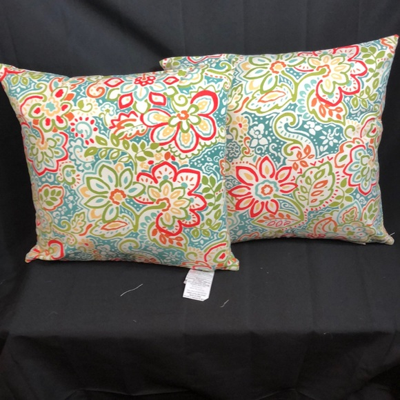 Spencer Other - Decorative Pillows 1 set of 2